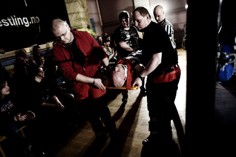 TS 110109 wrestling 0473