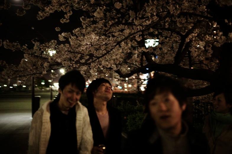 TS 20100423 japan 0424